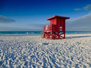 Siesta Key Beach in Sarasota Florida Photo by Tony Williams on Unsplash